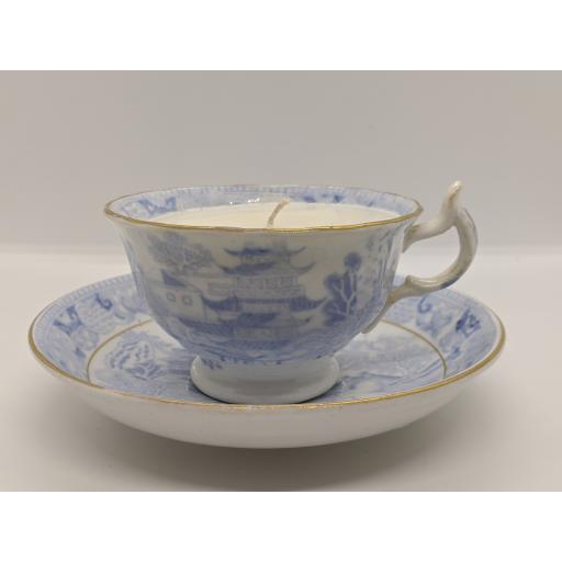 Staffordshire blue and white pagoda pattern teacup and saucer c 1820