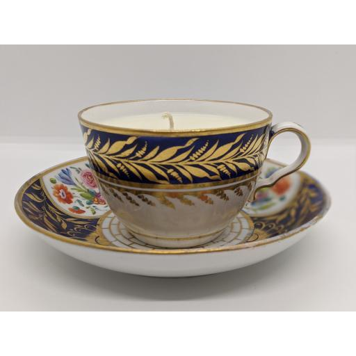 Bute shape teacup and saucer c 1800