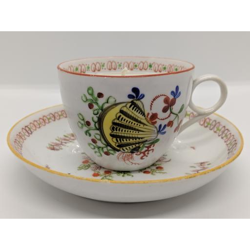 Bute shape 'Shell' teacup and saucer, New Hall c 1800
