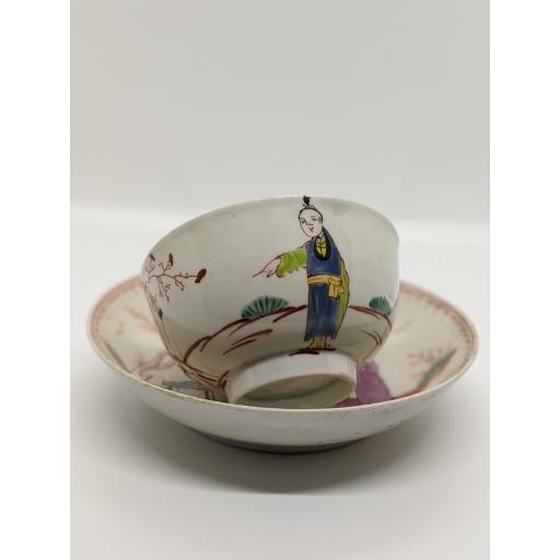 New Hall chinoiserie tea bowl and saucer c 1785