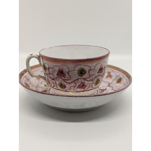 New Hall Bute shape teacup and saucer c 1815