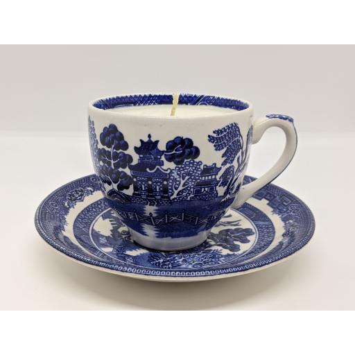 Johnsons 'Willow' pattern teacup and saucer c 1913